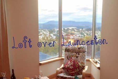 Loft over Launceston - Apartment