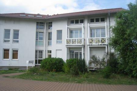 Gemütliche Ferienwohnung im Ostseebad Koserow - 아파트