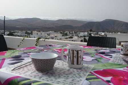 Lanzarote Apartment: quiet location, great views - Guatiza - Lägenhet