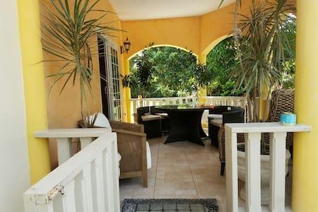 Short & Longterm Villa Rental/Events - Cousins Cove