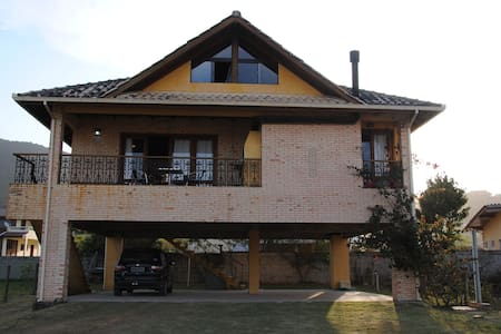 Casa na Praia da Gamboa Garopaba SC - Garopaba