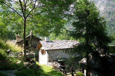 Baita Fey Dessous - Perloz - House