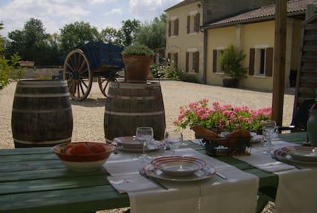 Gites de Cognac - La Maison - Haus