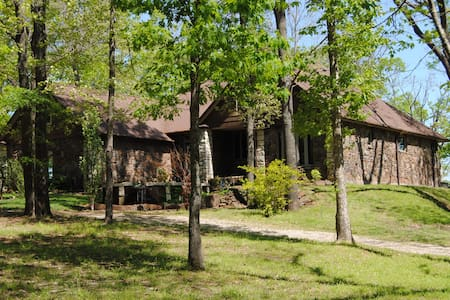 Bending Waters Estate @threshold of Lake Tinkiller - Tahlequah
