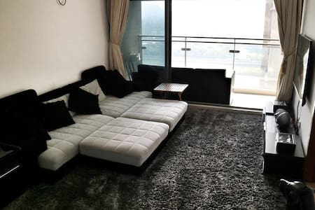 Clean&Cozy Room in an Apt close to HK Border in SZ - Shenzhen - Apartamento