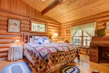 The Kentucky Pine Cottage,Guest House Log Cottages - Cottage