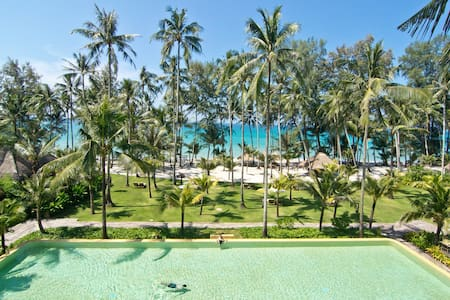 Beachfront Suite Pool Villa - Villa
