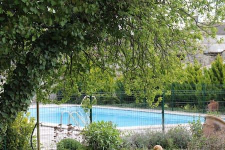 logement indépendant - Châteauneuf-sur-Charente - Hus