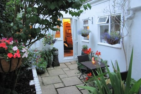 Temple Cottage - Brighton - Hus