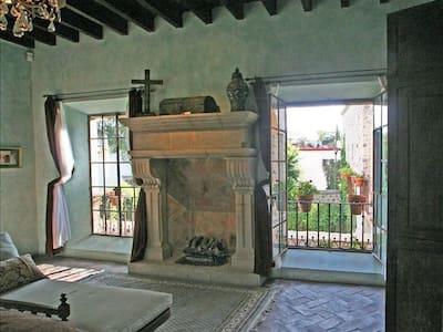 Casa Alhambra - 5 STAR HOME; 3 STAR PRICE - San Miguel de Allende - Villa