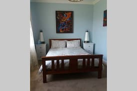 Picture of spacious room close to CBD