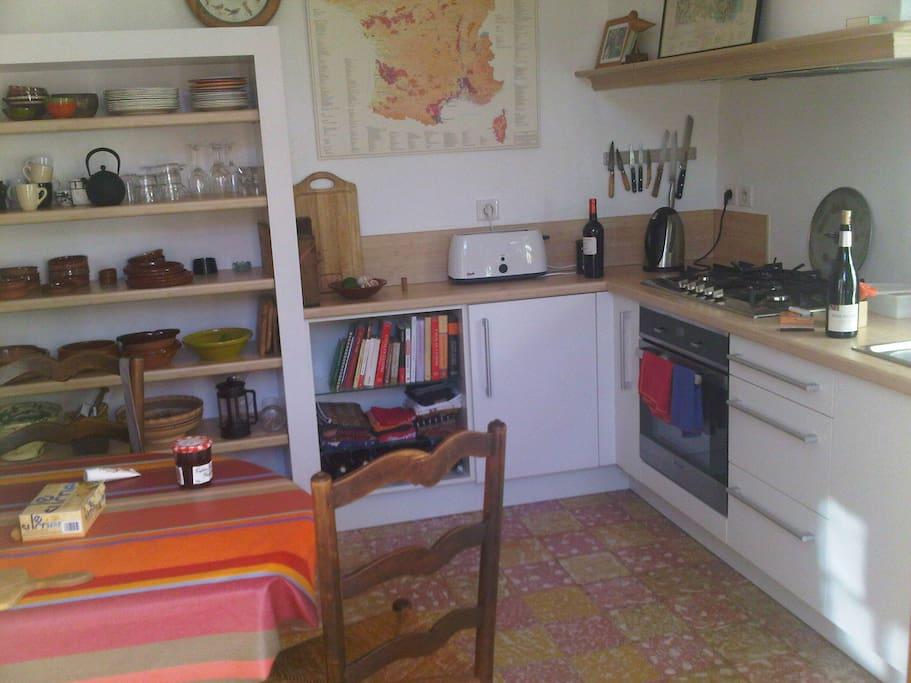 La cuisine/ the kitchen