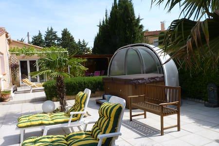 villa 4* avec piscine et SPA - Villa
