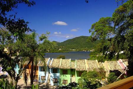 Ap. na beira da Lagoa da Conceição - Apartament