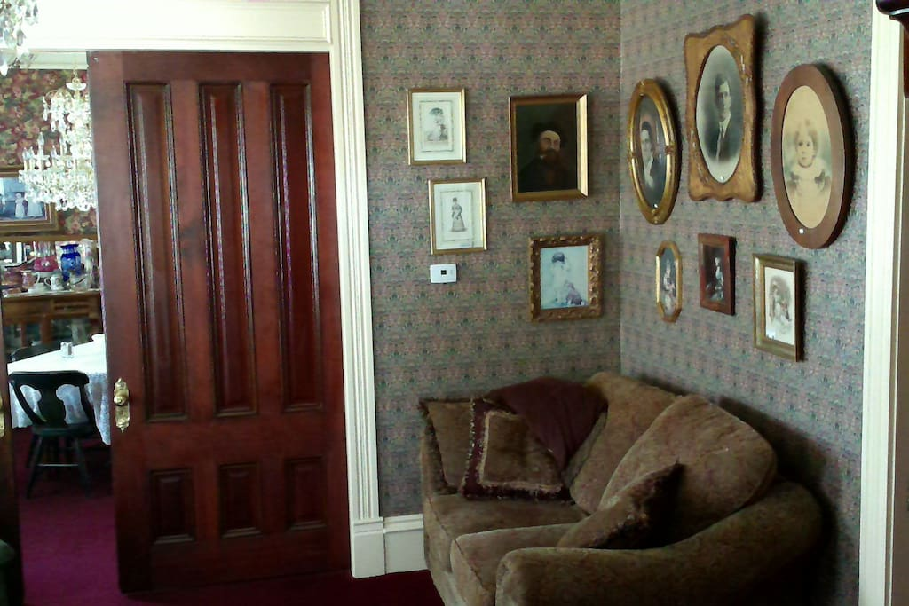 Living room that can be added as a suite with this room.