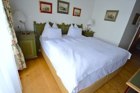 Double Rooms with beautiful View - Vila