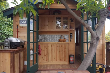 Treehouse Guest House with Farm Stay - Treehouse