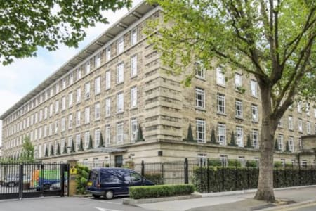 Only 3.9 miles from Harrods - London - Apartment