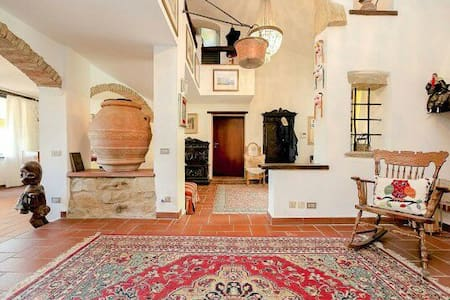 Villa Mery Lucca country house - Uzzano - Villa