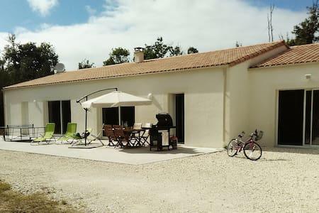 Spacieuse villa de vacances  La Palmyre Les Mathes - Les Mathes - Villa