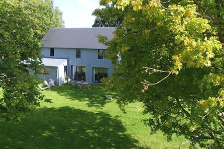 Maison bois proche Dinard (Plages) - Haus