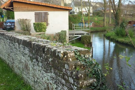En bordure de rivière - Eu - Huis