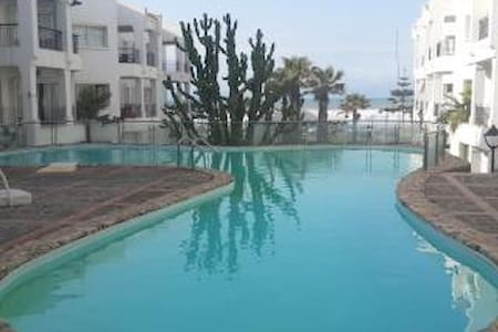 Bel Appartement vue  sur mer - Casablanca - Apartment
