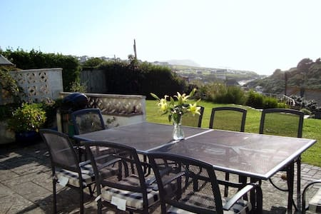 Holiday home in Polzeath - Talo
