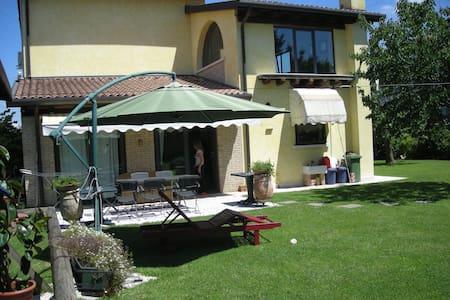 casa degli amici - Treviso