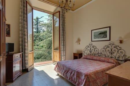 Giotto Park Hotel***, sulle colline di Firenze - Vaglia