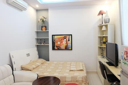 Mini Apartments in High-Class Area - Lakás