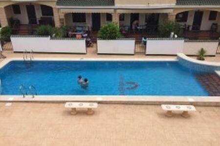 Perfecto Bungalow con piscina comunitaria - Ciudad Quesada