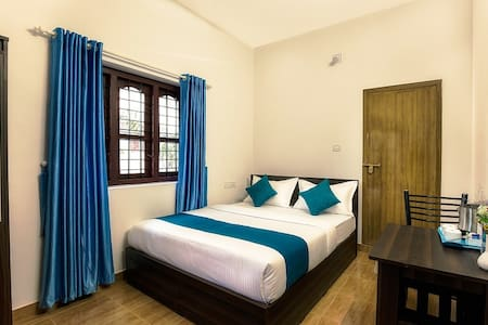Standard Room in Villa - Kidanganad