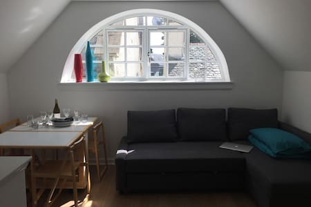 Lovely and light holiday flat in unique conversion - Tranent - Apartamento