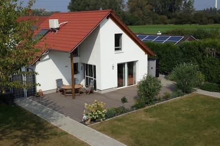 Exklusives Haus in schöner ruhiger Wohnlage - Altrip - Haus