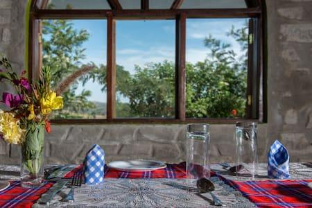 kyaninga royal cottage - Andet