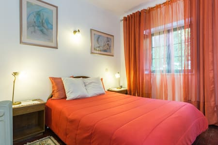 Private room in Albufeira old town - Albufeira - Wohnung