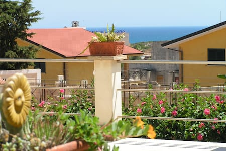 Double ensuite 5 mins walk to beach - Lido di Noto - Bed & Breakfast