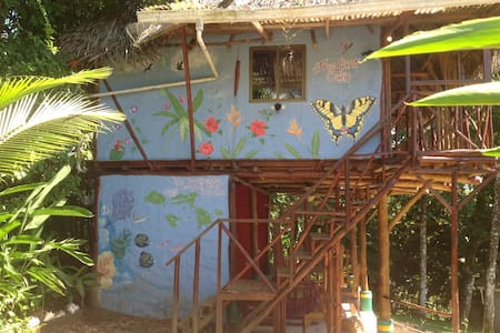 Free Spirit Oasis - Tree house Jungle suite - Bastimentos - Bed & Breakfast