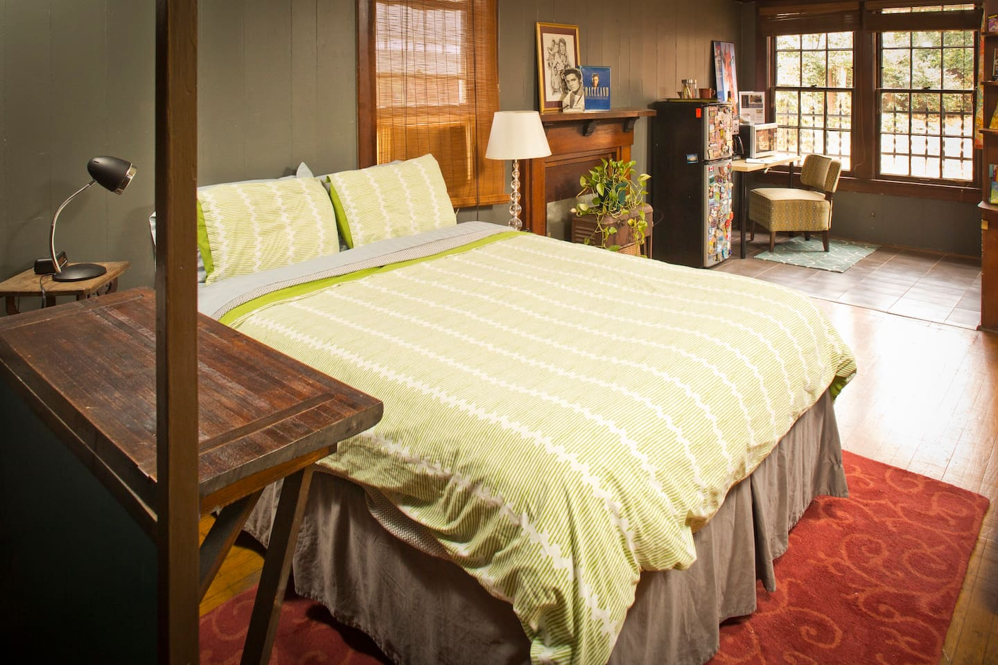 A comfy, queen size bed will pull you in for a comfortable nights sleep.