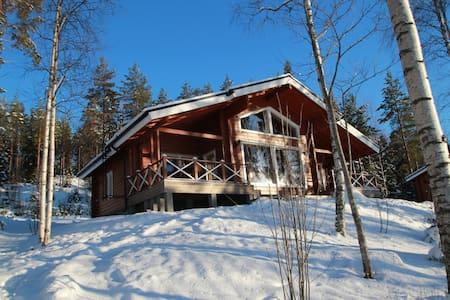 Villa Kukka log house near lake - Juva - Ev
