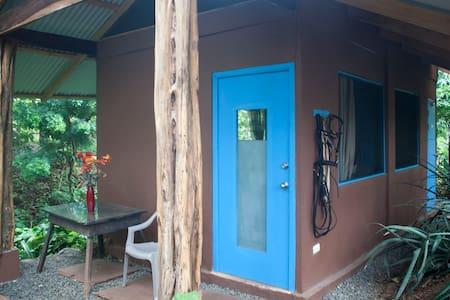 Jungle Cabinia on Horse Farm - Cabin