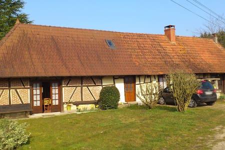 Maison style bressan - Montret - Hus