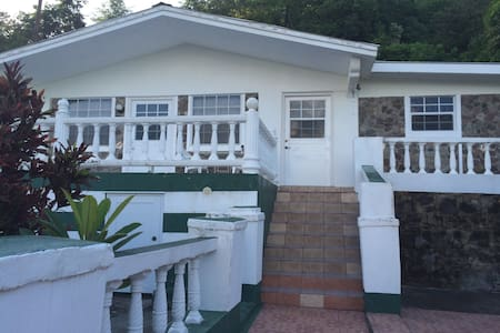 villa rental bequia lower thelmas cote