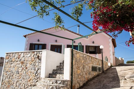 AmazingTraditional House180sqm.Near Lavrio-Sounio. - Lavrio