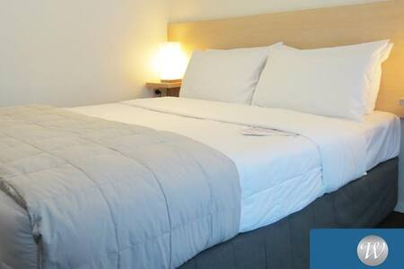 Affordable double room in Auckland CBD - Auckland