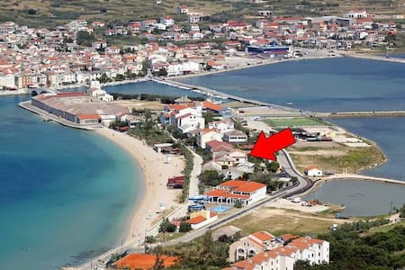 One bedroom apartment near beach Pag (A-528-b) - Pag