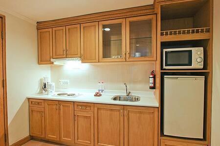 Grand 1BR Suite in Batam! - Apartment