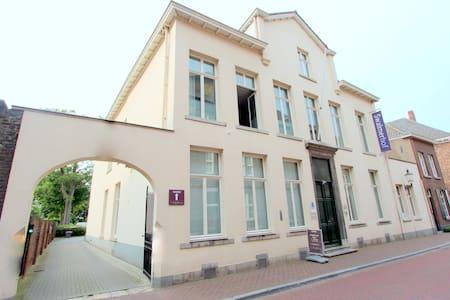 Villadelux Swalmerhof, kamer 10 (familiekamer) - Wohnung