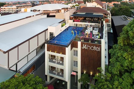J4 Hotel Legian | Near Popies Lane Bali - Apartment